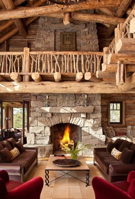Poze Seminee - Semineu rustic in armonie perfecta cu initeriorul din lemn al unei cabane de vacanta