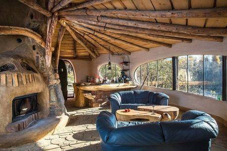 Poze Seminee - Semineu rustic intr-o casa ecologica