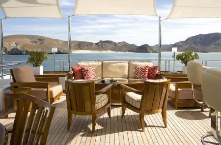 Poze Terasa - Panorama superba de pe terasa yacht-ului Slojo