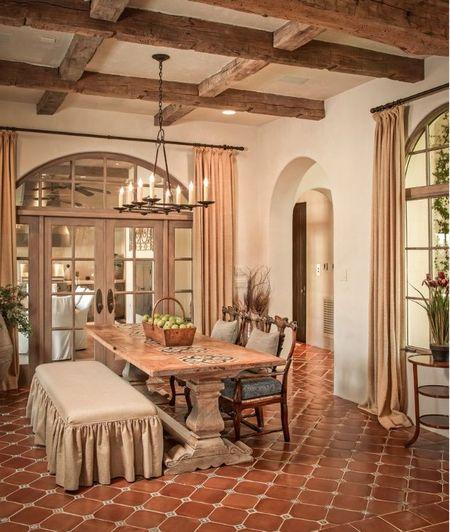 Poze Sufragerie - Interior decorat in stil mediteranean