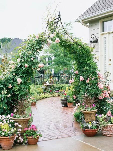 Poze Gradina de flori - Arcada metalica decorativa pentru trandafirii cataratori