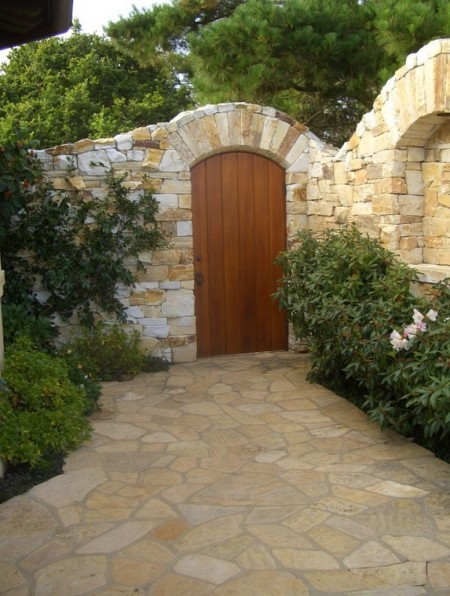 Poze Garduri si porti - Gard si pavaj din piatra naturala