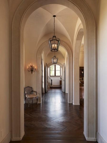Poze Intrare si hol - Arhitectura deosebita pentru holul unei case in stil mediteranean