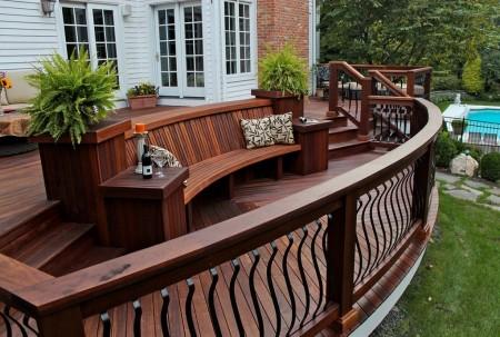 Poze Terasa - Diferenta de nivel adauga si mai multa spectaculozitate acestei superbe terase din lemn
