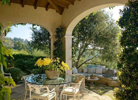 Poze Terasa - O terasa si o gradina mediteraneana