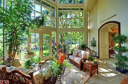Poze Terasa - O terasa luminoasa, eleganta si romantica