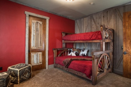 Poze Dormitor - Dormitor rustic, perfect pentru o casa de vacanta