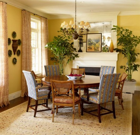 Poze Sufragerie - Loc de servit masa decorat in stil clasic
