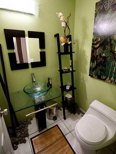 Cum sa amenajezi o baie mica 25 idei frumoase si practice for Small half bathroom ideas on a budget