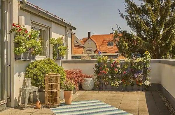 Amenajarea balconului sau terasei - propunerea GARDENA