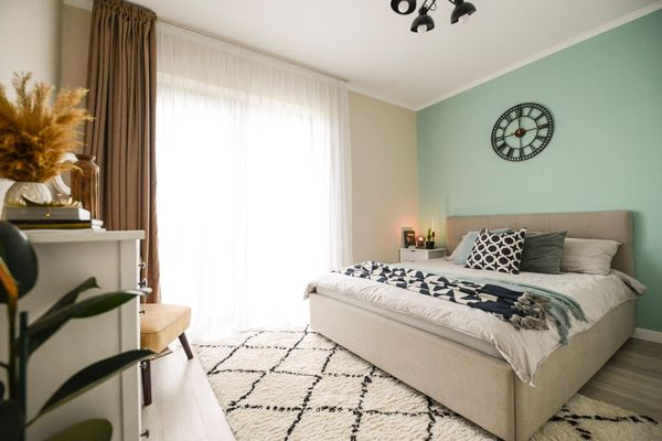 Cum sa alegi mobilier si accesorii noi pentru dormitor?