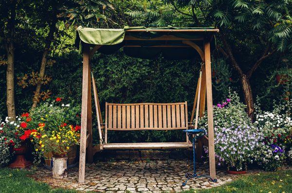 Cum alegi cel mai bun balansoar pentru gradina ta