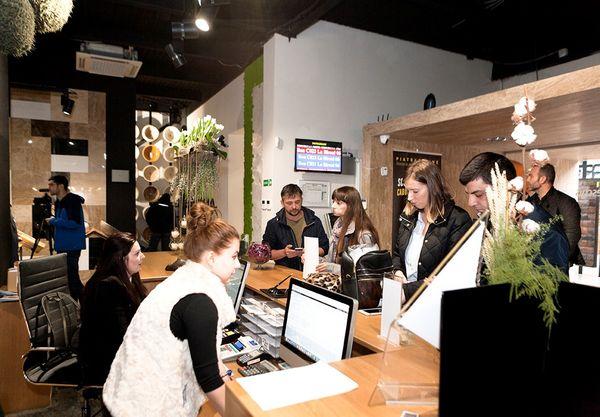 De Black Friday, peste 500 de clienti PIATRAONLINE au cumparat piatra naturala in valoare de 500.000 Euro
