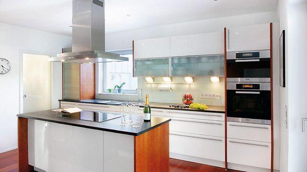 Bucatarie casa moderna