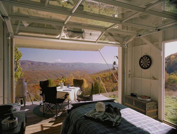 Cabana mica din lemn pentru cateva zile de conectare cu natura - imagini si proiect