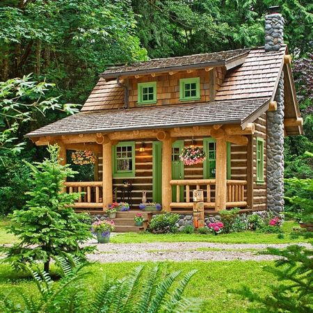 Cabana din lemn pentru o vacanta de vis in padure