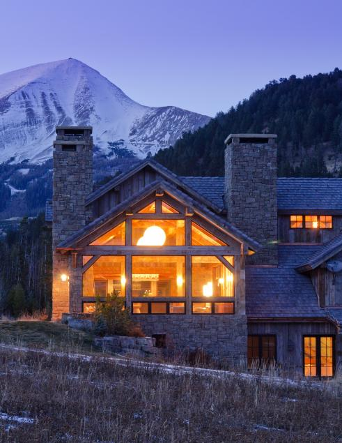 Cabana de schi din lemn si piatra - Galerie foto