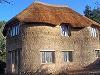 ...современное, комфортное, надежное жилье для украинцев. загородные дома можно строить из соломы, дерева и глины. .