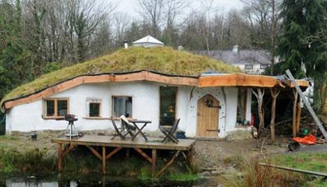 O Casa De Hobbit In Marea Britanie Frumoasa Locuinta De