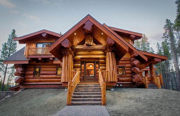 Unele dintre cele mai frumoase case din lemn rotund si semirotund. 12 tipuri de case deosebite
