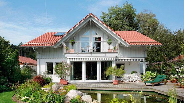 Casa moderna pentru o familie care apreciaza confortul - proiect si imagini