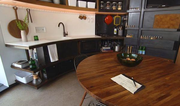 Bucatarie moderna casa siloz