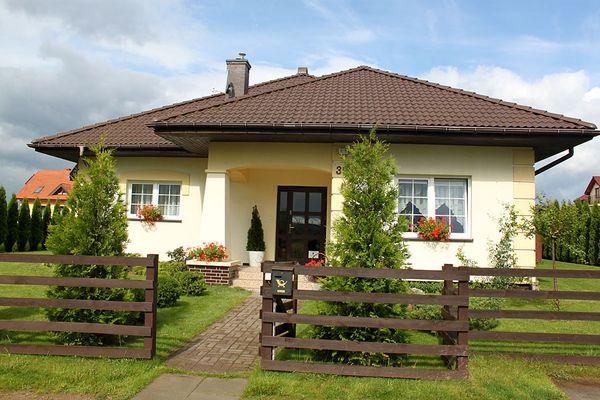 Casa pe un singur nivel, perfecta pentru o familie cu 2 copii - proiect si imagini