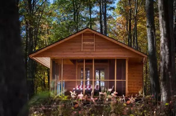 Casa de vacanta din lemn de 36 de metri patrati