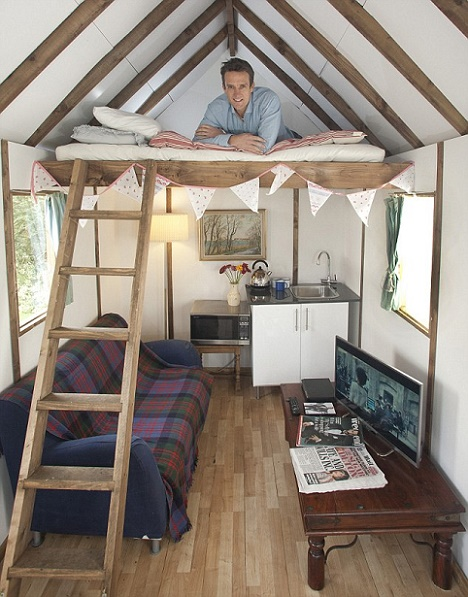 casa care vine la cutie si se asambleaza ca un dulap ikea costa mai putin de de euro. Black Bedroom Furniture Sets. Home Design Ideas