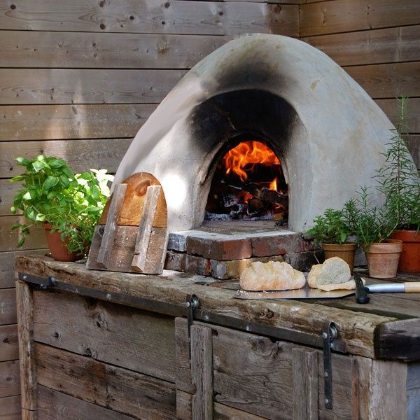 Cum sa construiesti rapid si ieftin propriul cuptor pentru paine si pizza!