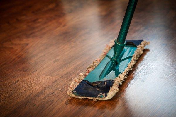 Cum alegi produsele de curatenie pentru casa