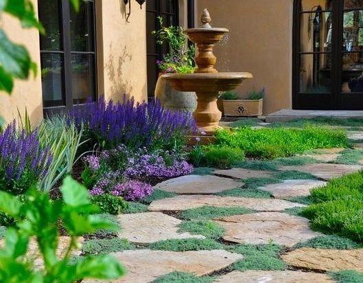 Cum sa decorezi gradina ieftin folosind piatra naturala. 5 idei deosebite.