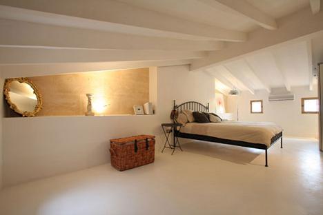 Idei pentru amenajarea mansardei galerie foto - Idee van zolderruimte ...
