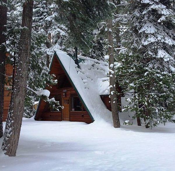 Casa forma A iarna