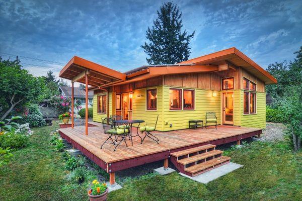 O casa mica insa plina de farmec si confort - proiect si imagini