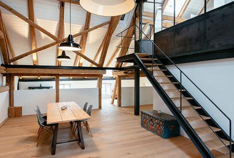 O ferma renovata, simbioza intre traditional si modern - galerie foto