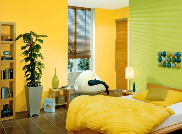 Dormitor in nuante de galben stralucitor si verde