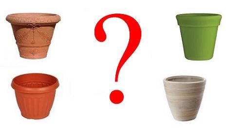 Ghivece ceramica sau ghivece plastic: care sunt mai bune pentru plantele tale?