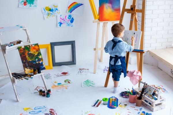 3 idei de cadouri care iti vor bucura copilul