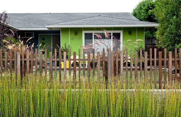 O casa plina de culoare - Galerie foto