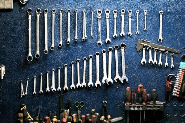 Organizarea garajului: 4 greseli pe care sa le eviti