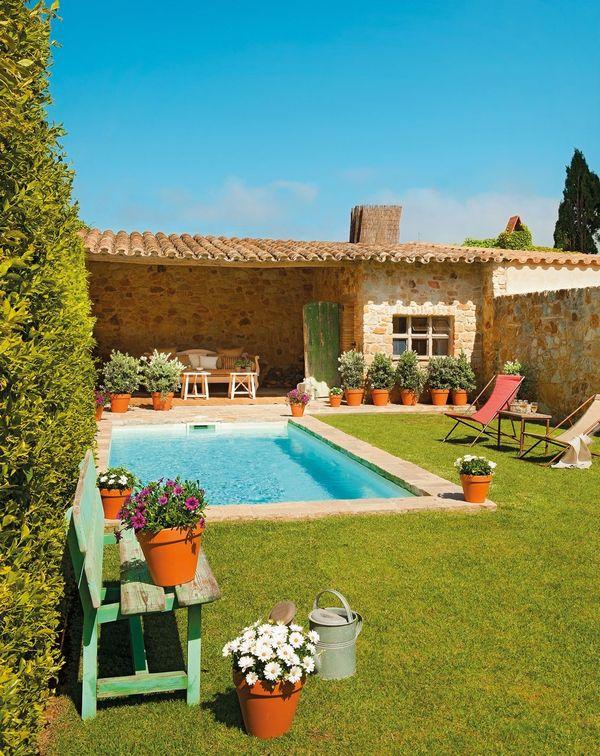 Casa in stil mediteranean renovata si transformata intr-o casa de vacanta de vis