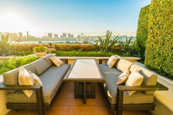 Cum alegem cel mai rezistent mobilier de gradina?