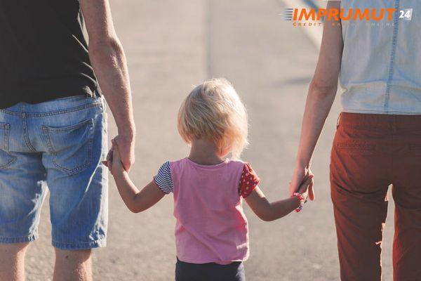 Sfaturi de economisire a banilor pentru familii
