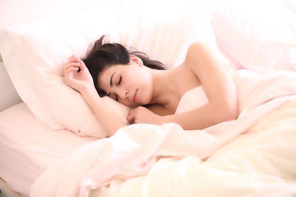 Patru lucruri care te impiedica sa ai un somn odihnitor