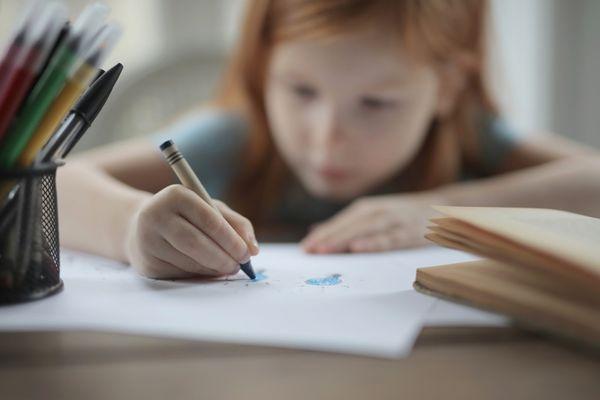Cum sa creezi o atmosfera de studiu in camera copilului?