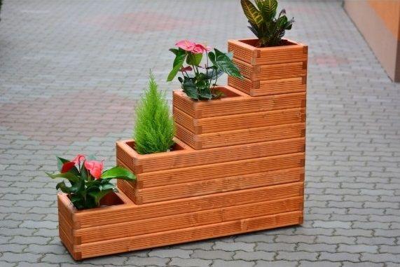 Suport flori din lemn cu ghiveci plastic inclus