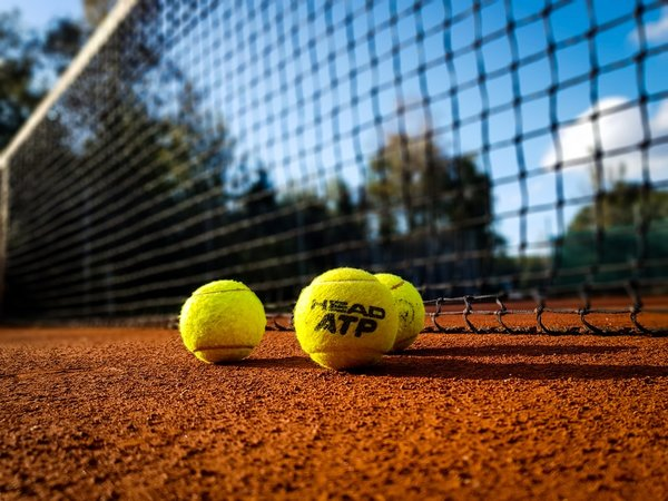 Cum sa-ti amenajezi un teren de tenis, acasa?