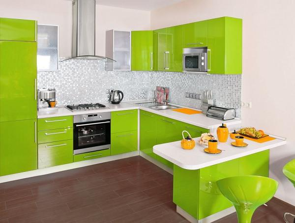 Idei pentru o bucatarie amenajata in nuante de verde 13 for Kitchen design normal