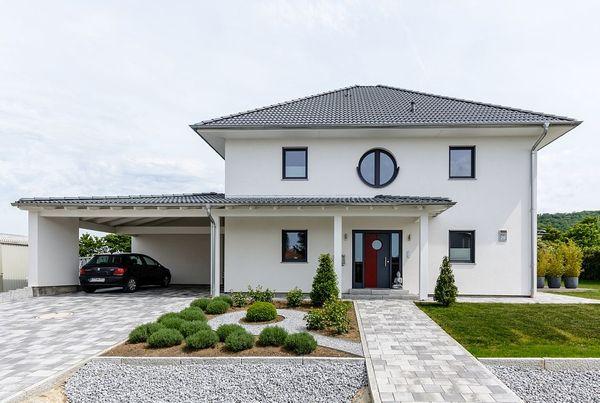 Case cu etaj - avantaje, proiecte si imagini cu constructii deosebite